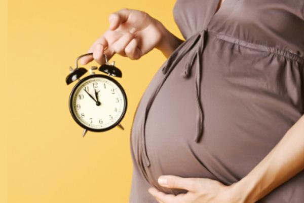 سایت دکتر فاطمه نعمت اللهی خانم باردار تایمر